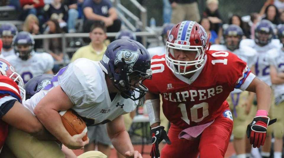 Bellport's Kevin Wilson and Islip's Jacob Freudenberg during