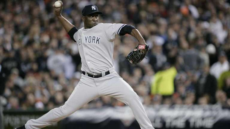 New York Yankees relief pitcher Rafael Soriano throws