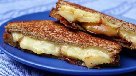 Grilled cheese with apples and bacon. (October 2011)