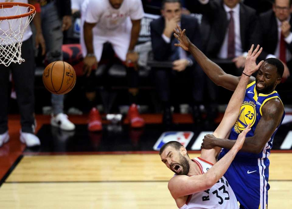 Toronto Raptors centre Marc Gasol (33) fouls Golden