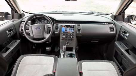 2011 Ford Flex interior