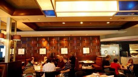 Customers dine at Legal Sea Foods at Roosevelt