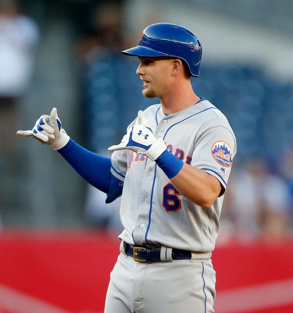 Jeff McNeil #6 of the New York Mets