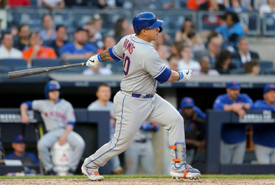 Wilson Ramos #40 of the New York Mets