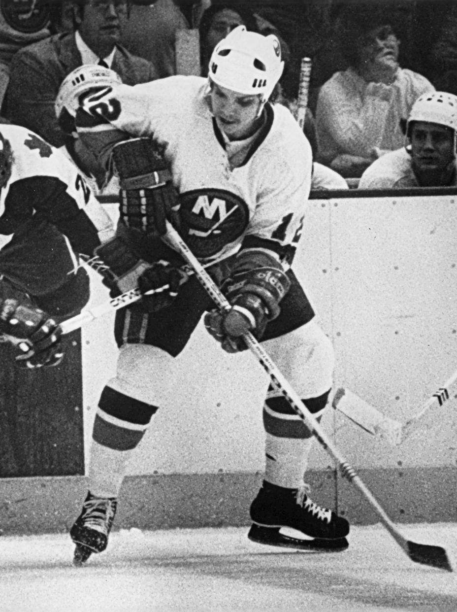 Hometown: Northport Teams: Islanders (1976-79), Blues (1981-82) NHL