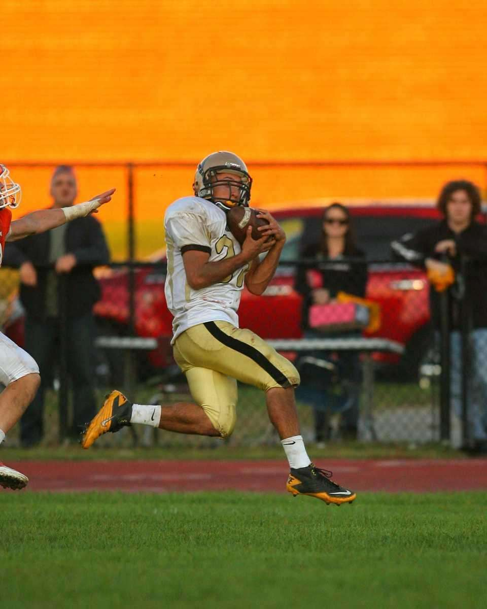 Wantagh HS's Matt Balzano #23 catches a pass