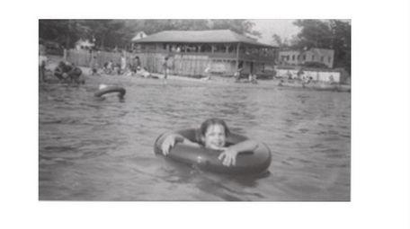 Lake Ronkonkoma shores of yesteryear.
