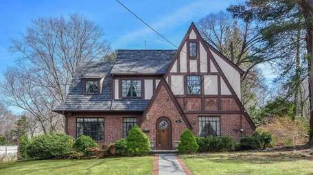 This Glen Cove house is listed for $895,000.