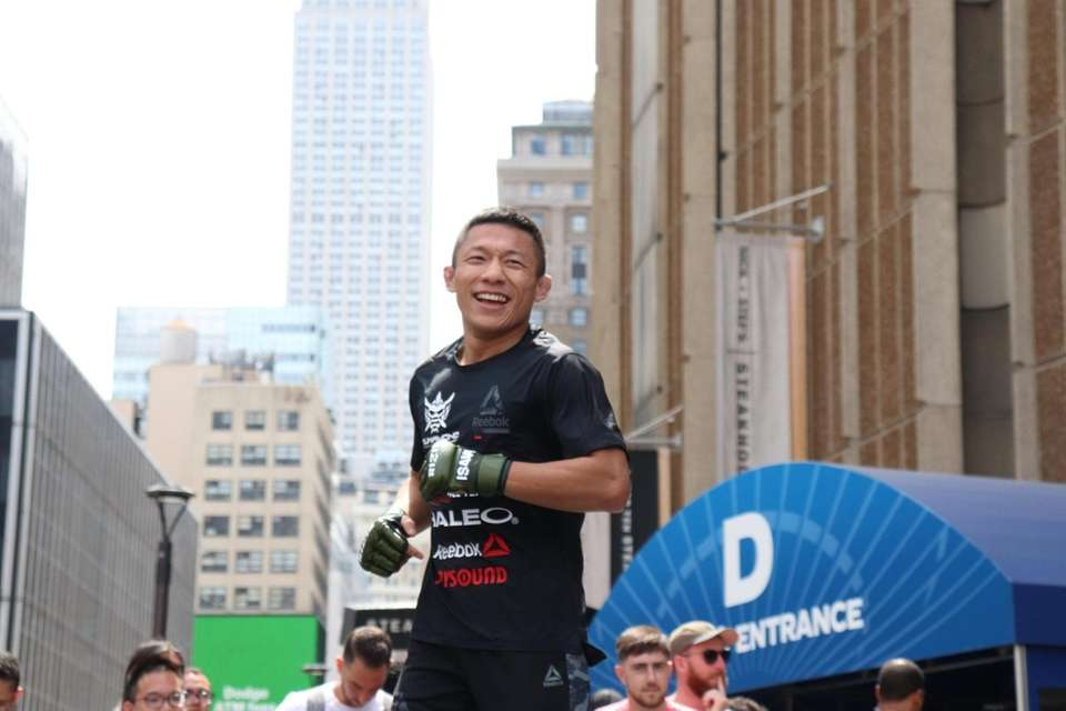 Kyoji Horiguchi appears at the open workouts for