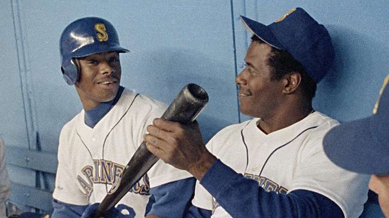 Ken Griffey, Jr., and Ken Griffey, Sr., kid