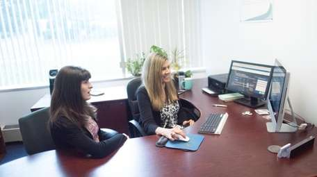 Former intern and current consultant Ally Riggio, left,