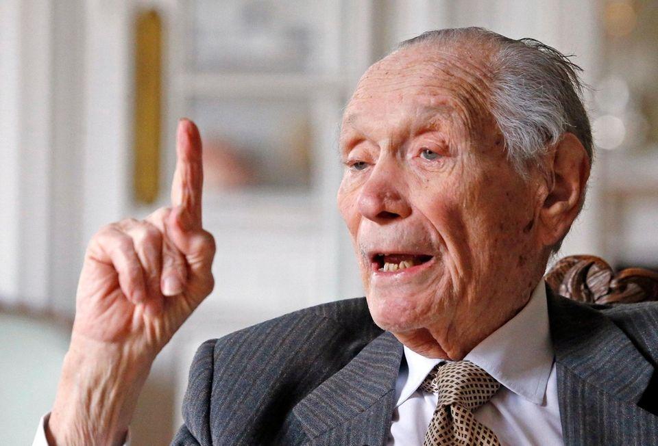 John Gunther Dean, a veteran American diplomat and