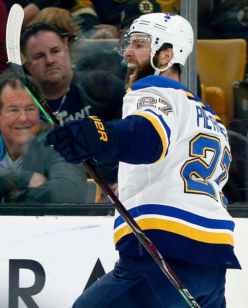 St. Louis Blues' Alex Pietrangelo celebrates his goal