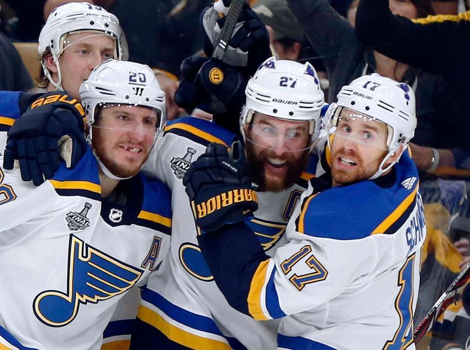 St. Louis Blues' Alex Pietrangelo, second from right,