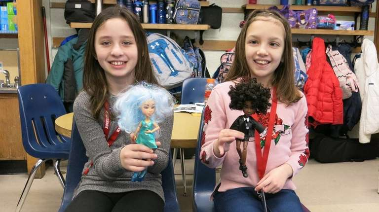 Kidsday reporters Juliana Tempone, left, and Ilana Shedrow,
