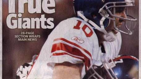 GIANTS END PATRIOTS' PERFECT SEASON IN SUPER BOWL