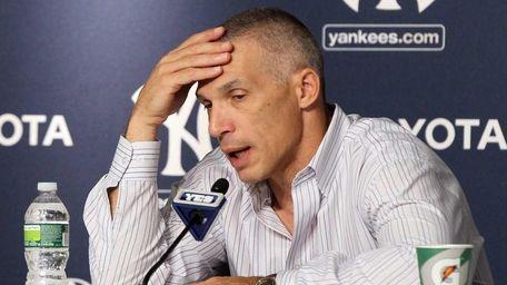 New York Yankees manager Joe Girardi speaks during