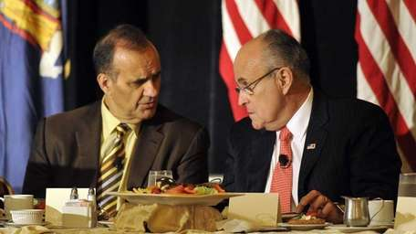 Former NY Yankee manager Joe Torre and former