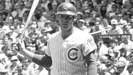 Jim Qualls of the Cubs on the field