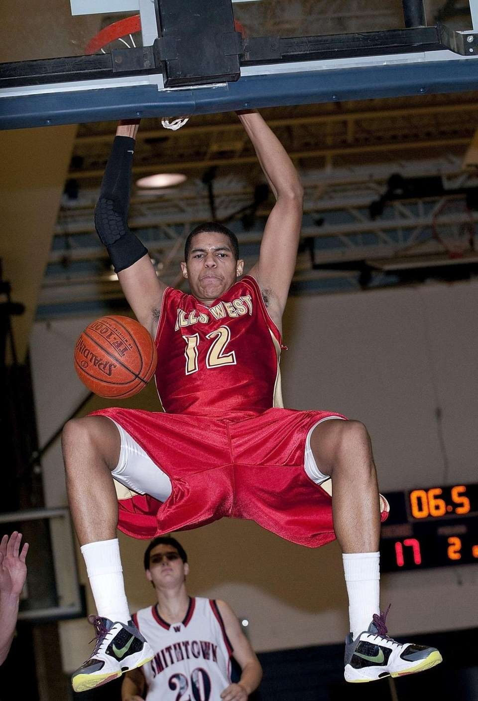 TOBIAS HARRIS | High school: Half Hollow Hills
