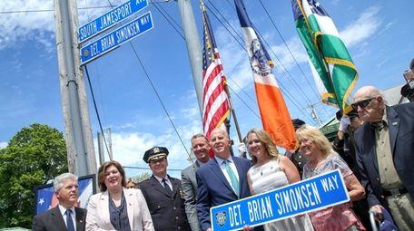 Leanne Simonsen, widow of NYPD Det. Brian Simonsen,