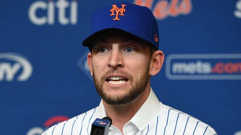 Does Jed Lowrie have a new injury? Brodie Van Wagenen won't say