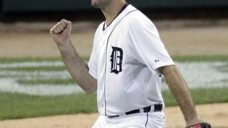 Detroit Tigers pitcher Justin Verlander reacts after ending