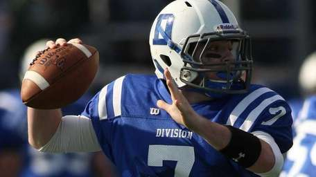 Division's QB #7 Dylan Cardno gets ready to