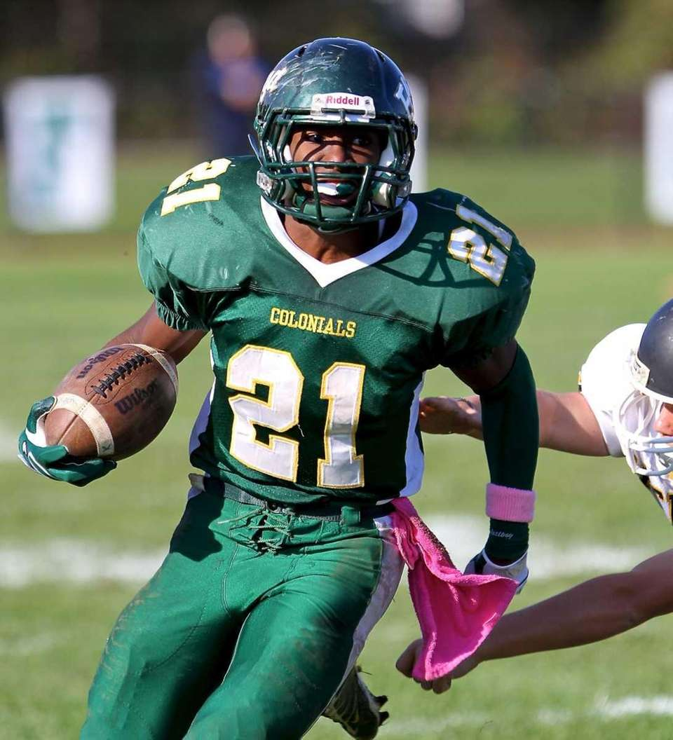 William Floyd RB Stacey Bedell #21, takes the