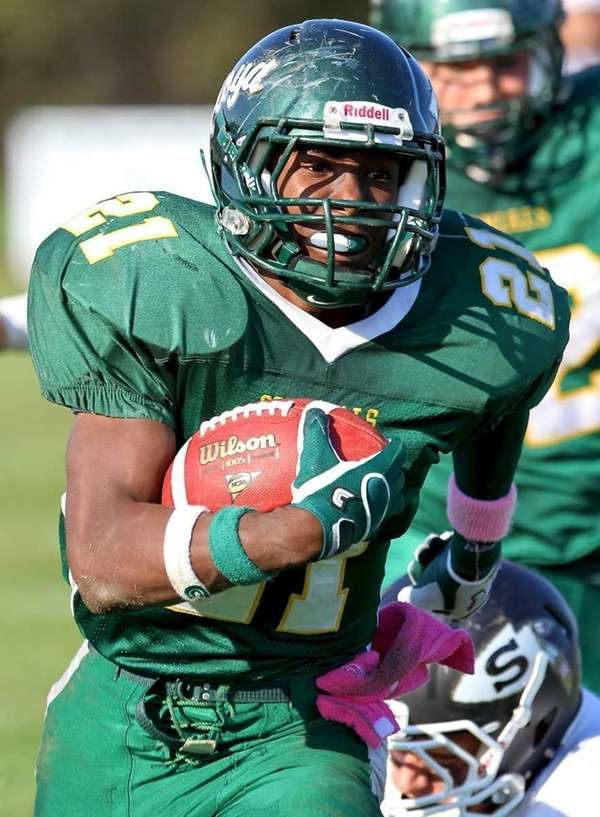 William Floyd RB Stacey Bedell #21, on his