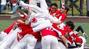 Center Moriches' baseball team celebrates its second straight