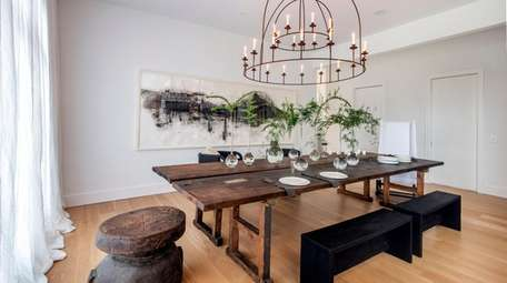 The dining room by Michael Del Piero Good