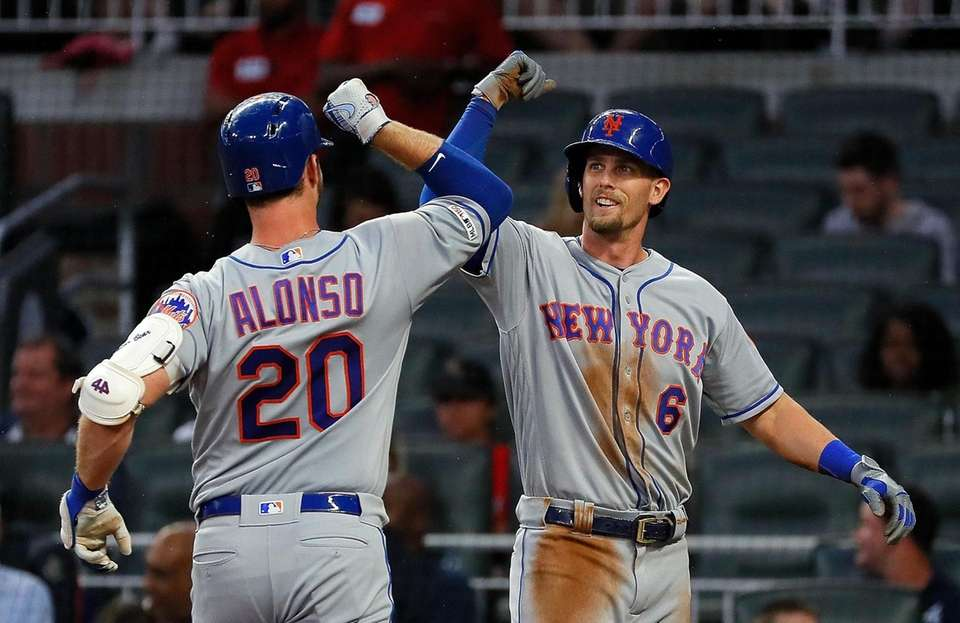 Pete Alonso of the Mets reacts with Jeff
