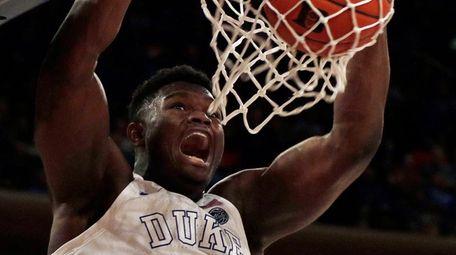Duke forward Zion Williamson dunks against Texas Tech