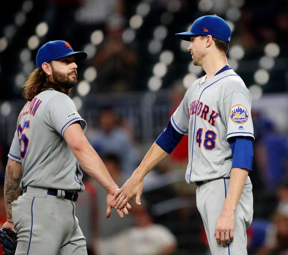 Mets starting pitcher Jacob deGrom and relief pitcher