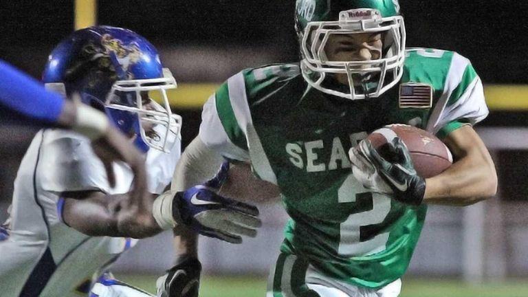 Five yard touchdown run by Seaford's Alex Rodriguez