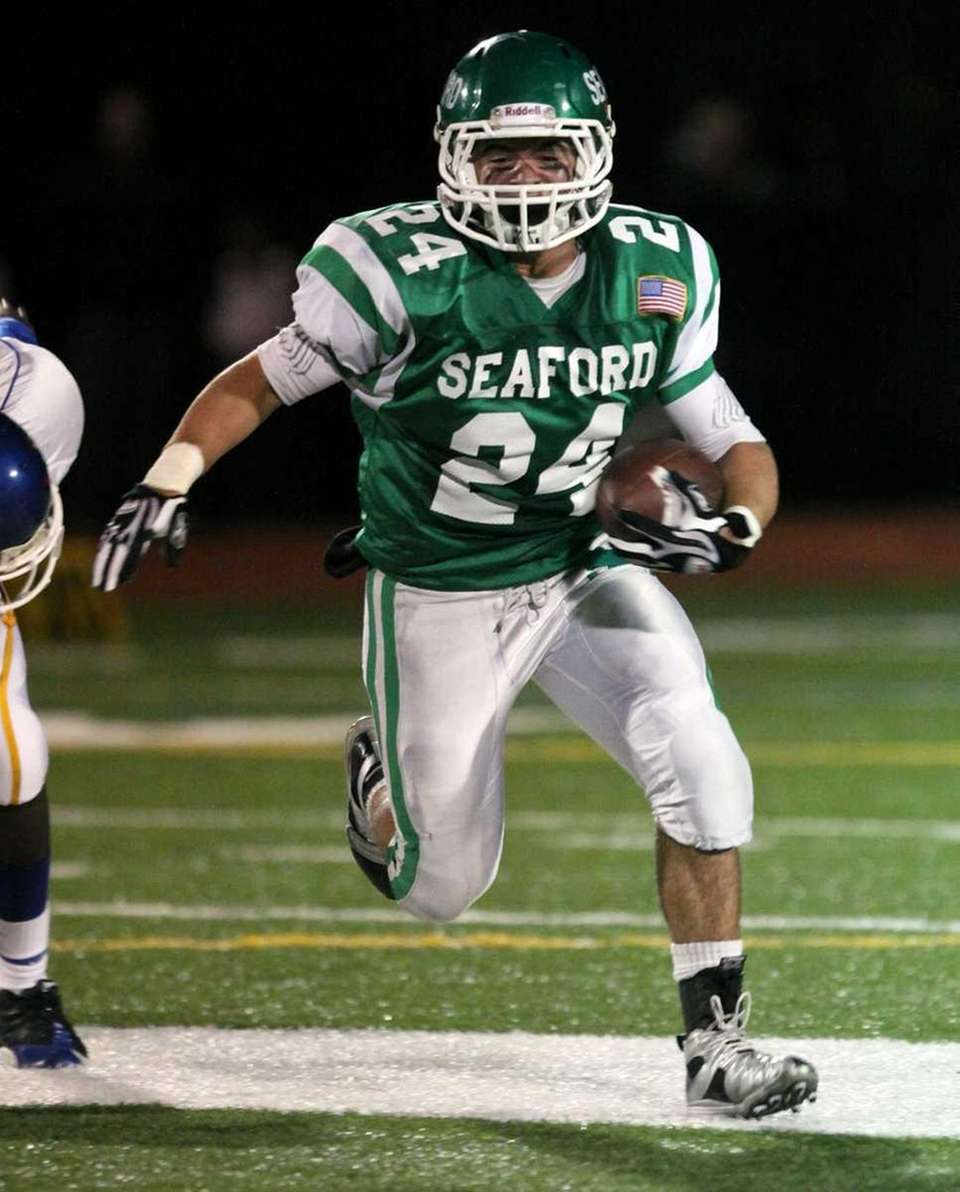 Seaford's Nick Fischetti has nice run at the