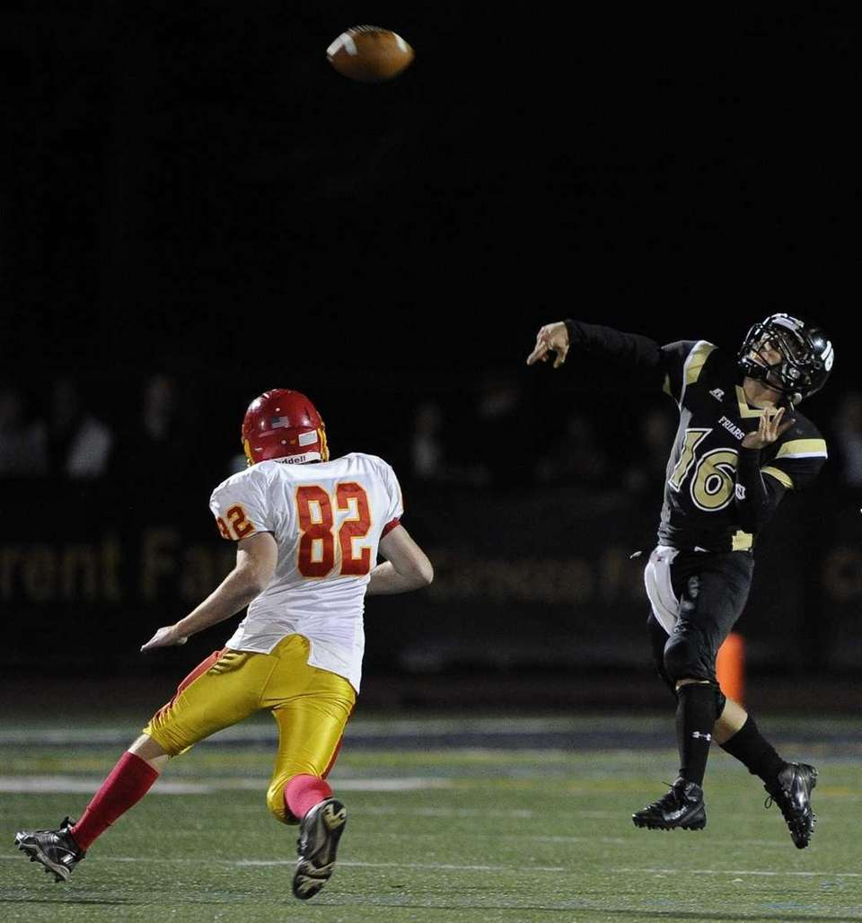 St. Anthony's quarterback Peter Carew passes against Chaminade