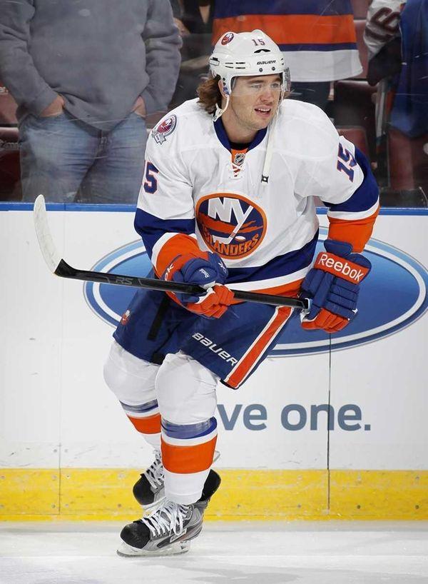 P.A. Parenteau #15 of New York Islanders skates