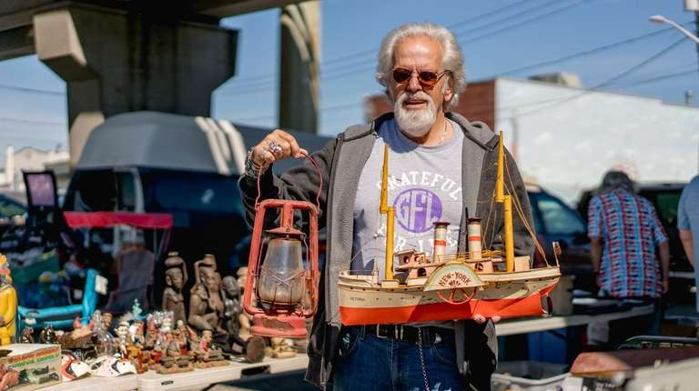Louie Lozito owns Cabinet of Curiosities in Freeport,