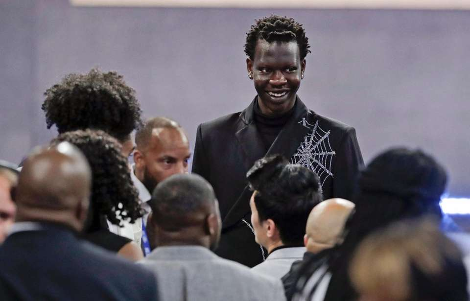 Oregon's Bol Bol smiles before the NBA basketball