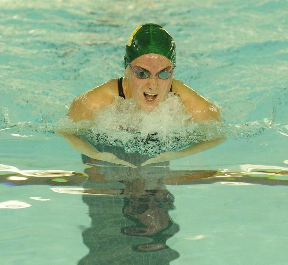 Ward Melville's Jessica Fabrizio swims to a first