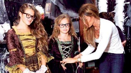 Kelly Killoren Bensimon and Daughters Sea and Teddy