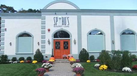 Exterior shot of Spiro's in Rocky Point (October