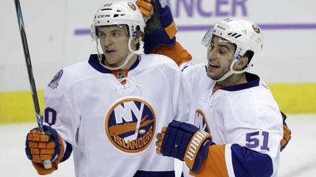 New York Islanders' Frans Nielsen (51) celebrates his