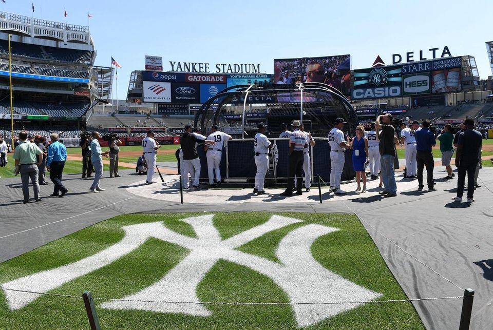 New York Yankees former players take batting practice