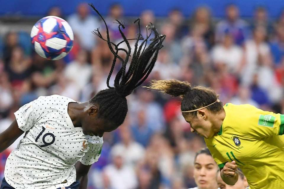 TOPSHOT - France's defender Griedge Mbock Bathy (L)
