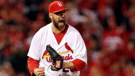 Chris Carpenter #29 of the St. Louis Cardinals