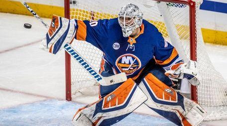 New York Islanders' goalie Robin Lehner making a