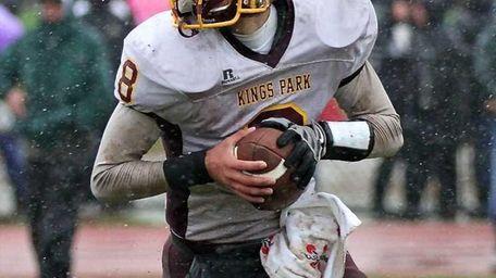Kings Park's QB keeps the ball on a